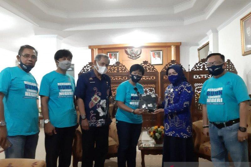 PT IKI dan BUMN salurkan 1.500 masker untuk Kabupaten Gowa