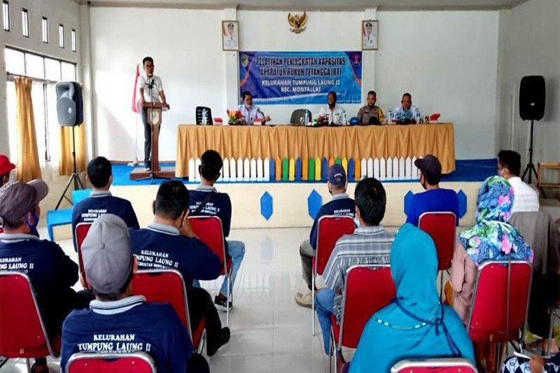 Dinas Sosial PMD berikan pembekalan  Ketua RT di  Montallat