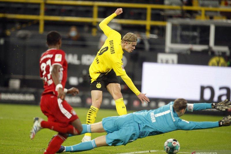 Erling Haaland ukir caturgol saat Dortmund menang 5-2 di markas Hertha