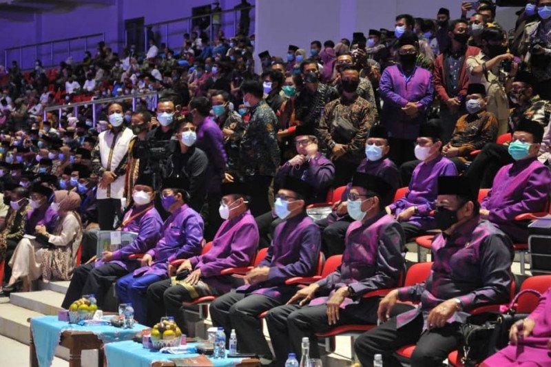 Transformasi tenun Minang untuk pemulihan ekonomi dan pariwisata Sumatera Barat