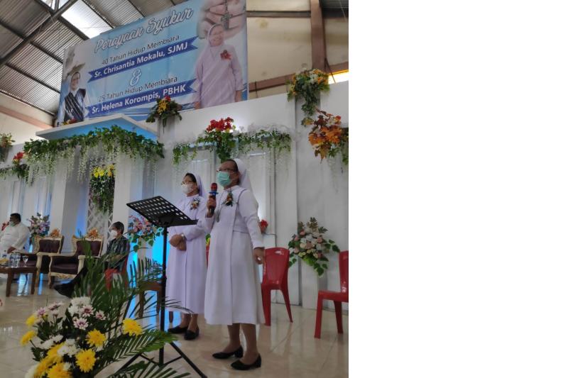 Bupati Minahasa sampaikan selamat Hidup Membiara Sr Chrisantia Mokalu dan Sr Helene Korompis