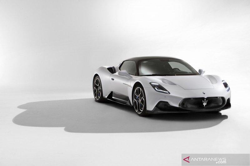 """Maserati MC20 dipilih sebagai """"China Car of the Year 2021"""""""