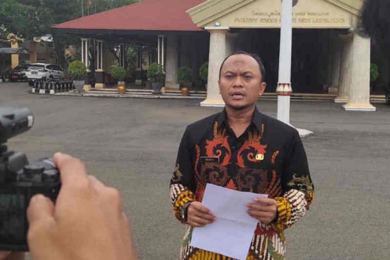 Satgas Indramayu sediakan enam gedung sekolah untuk isolasi