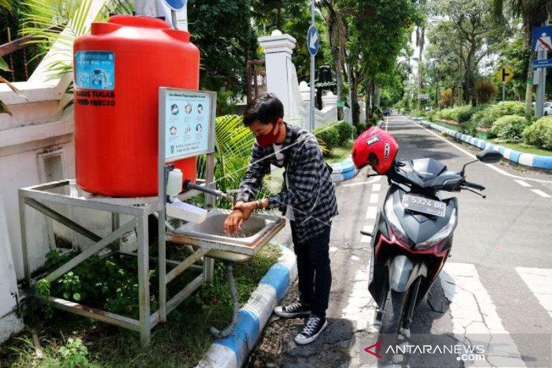 Tandon Cuci Tangan Untuk Umum