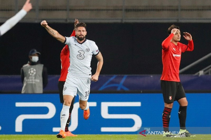 Gol Olivier Giroud antar Chelsea lolos ke babak 16 besar