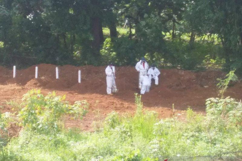 PMI Sleman bantu satgas dalam pemakaman jenazah pasien COVID-19