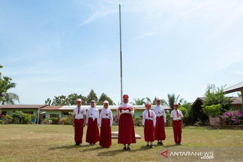 PTPN V sediakan 800 guru di perkebunan