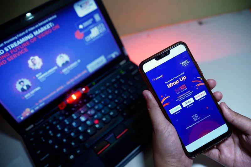 Telkomsel dorong kreatifitas UMKM di masa pandemi