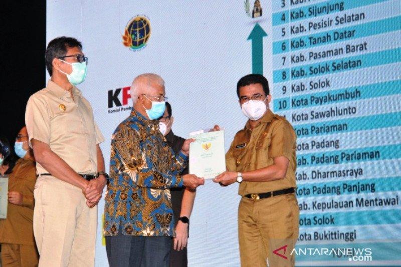 Pemkab Padang Pariaman terima sertifikat aset