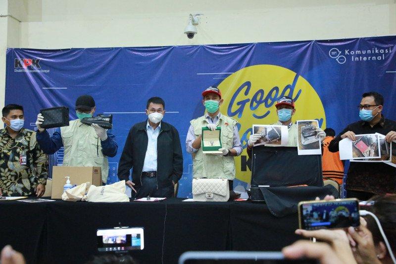 KPK mendalami dugaan aliran dana ke pihak lain di kasus Edhy Prabowo