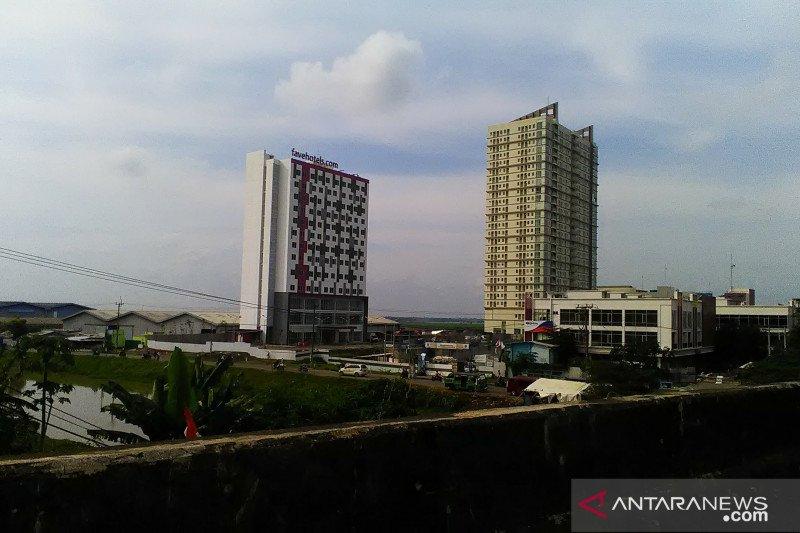 Dua hotel di Karawang jadi tempat isolasi pasien positif COVID-19