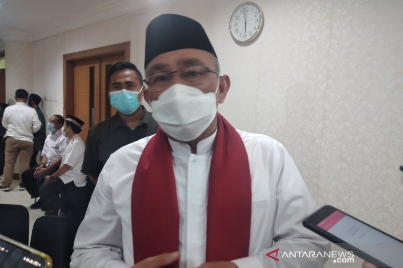Calon Wali Kota Depok Mohammad Idris terkonfirmasi positif corona