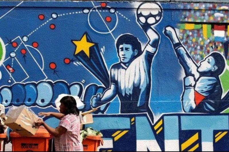 """Selamat jalan, pemilik """"Tangan Tuhan"""" Maradona"""