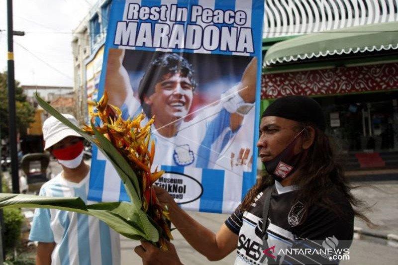 Mengenang Legenda Sepakbola Dunia Maradona