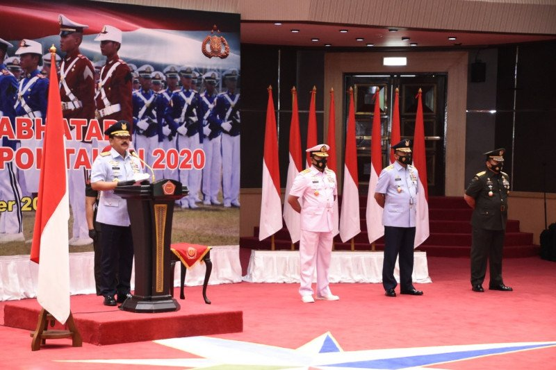 Panglima TNI wisuda 923 prajurit dan bhayangkara taruna Akpol