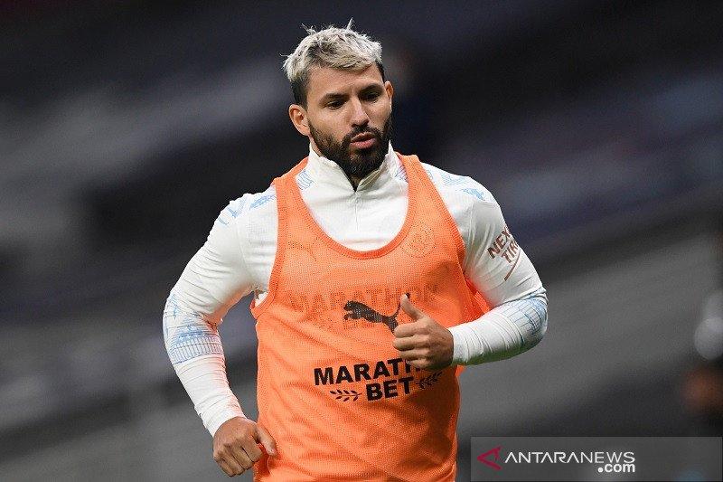 Aguero sudah berlatih tapi belum siap kembali bermain, kata Pep Guardiola