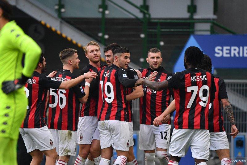 Taklukkan Fiorentina, AC Milan kini unggul lima poin di pucuk klasemen