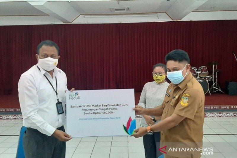 PLN serahkan bantuan 12.250 masker bagi siswa di pegunungan tengah Papua