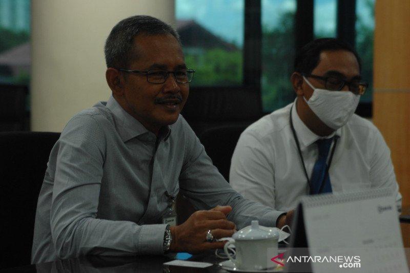 Siswa di Manado memanfaatkan taman BRI belajar daring saat pandemi
