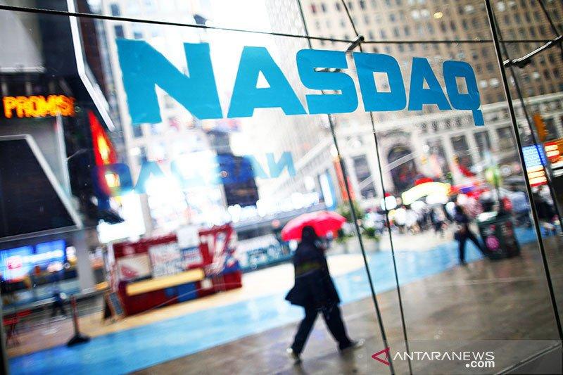 Wall Street bervariasi pada akhir perdagangan dengan Nasdaq ditutup di rekor tertinggi