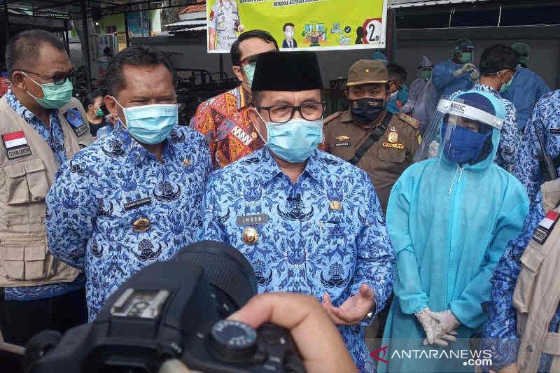 Bupati Cirebon Imron terkonfirmasi COVID-19