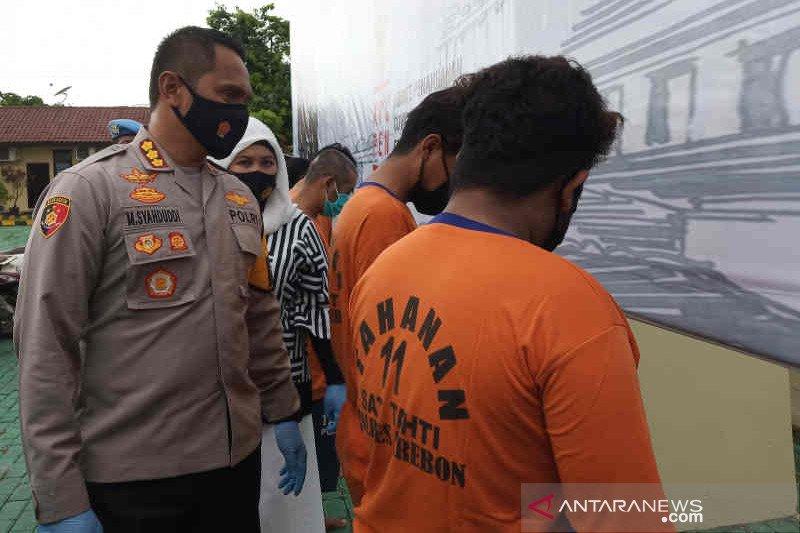 Polresta Cirebon ringkus dua anggota geng motor tembak warga