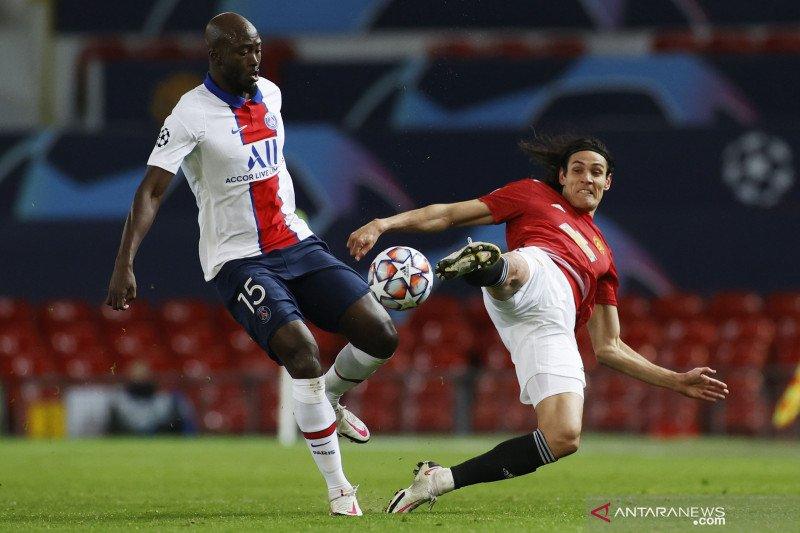 Liga Inggris - Edison Cavani bertahan di MU hingga 2022