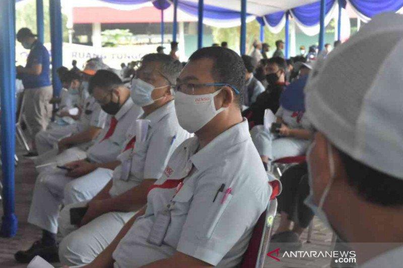 2.000 buruh di Bekasi jalani tes usap secara massal