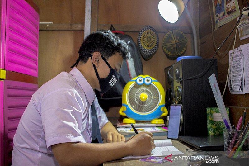 Dukungan XL Axiata untuk pembelajaran jarak jauh pelajar di Kalimantan Selatan