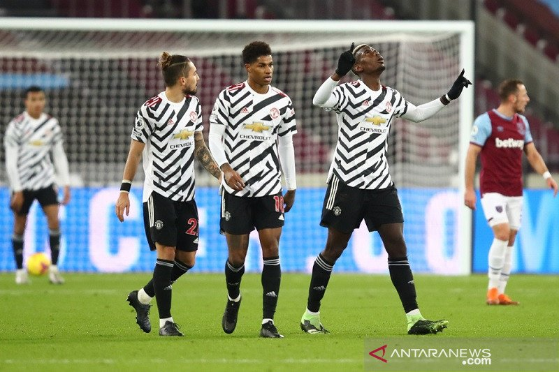 Manchester United melibas West Ham 3-1