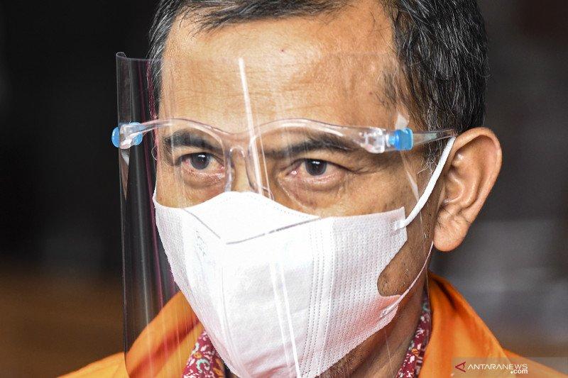 Penahanan Wali Kota Cimahi nonaktif AJM diperpanjang 30 hari