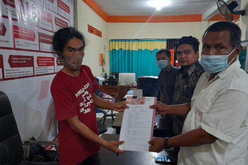 Tim hukum Delis-Djira laporkan dugaan politik uang ke Bawaslu Morut