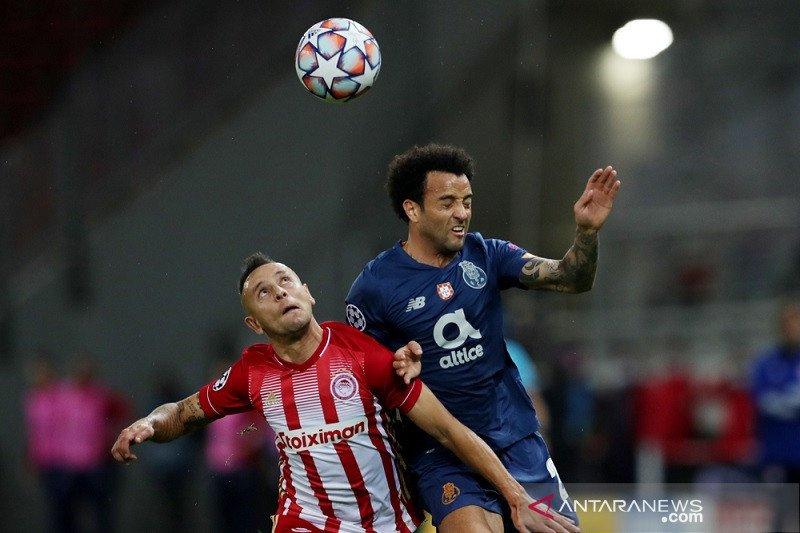Olympiakos dapat tiket ke Liga Europa meski dikalahkan Porto 0-2