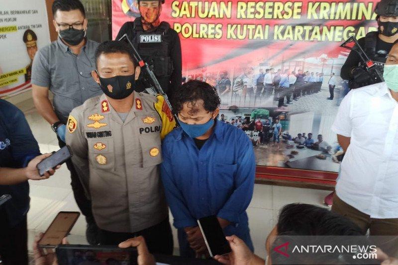 "Polres kukar ungkap foto viral "" Jenazah laskar FPI tersenyum saat meninggal"" berita bohong"