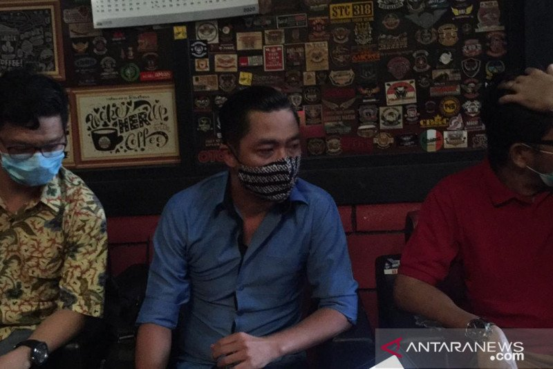 Pengacara Waroeng Brothers bantah lakukan  pemukulan kepada lurah