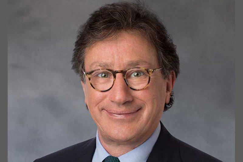 CEO Ferrari Louis mundur