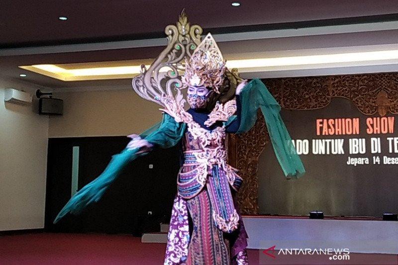 """Pelajar Jepara tampilkan 30 busana bertema pandemi pada """"fashion show"""" virtual"""