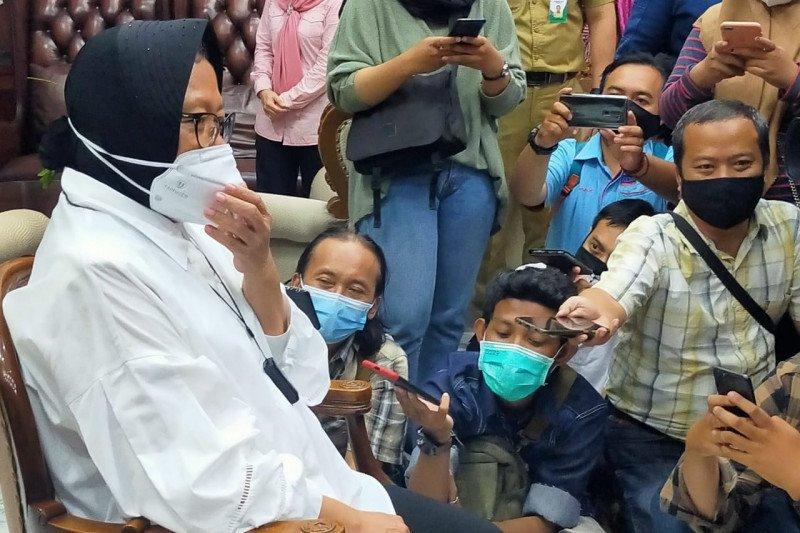 Risma serahkan ke Megawati terkait jabatan Mensos yang ditawarkan