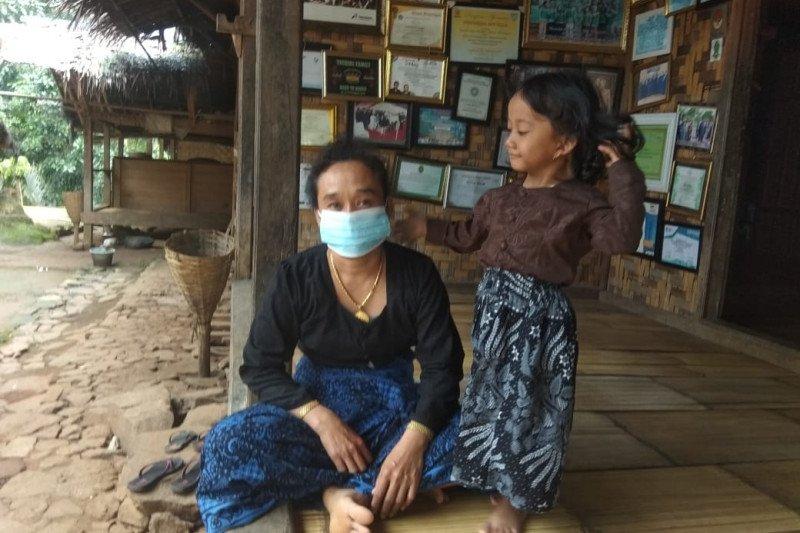 Tenaga kesehatan Pemerintah Kabupaten Lebak, menyebutkan belum ada satu pun masyarakat adat Baduy dinyatakan positif virus Covid-19.