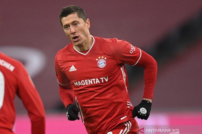 Robert Lewandowski tembus 250 gol  di Bundesliga