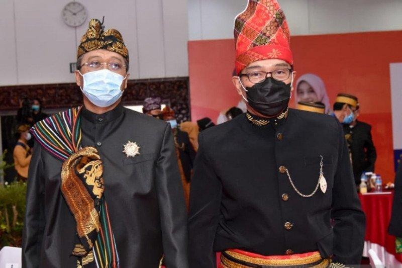 Bang Zul dan Kang Emil sepakat bangun
