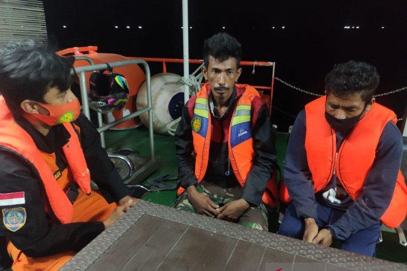 SAR Kupang selamatkan dua nelayan di Perairan Timor