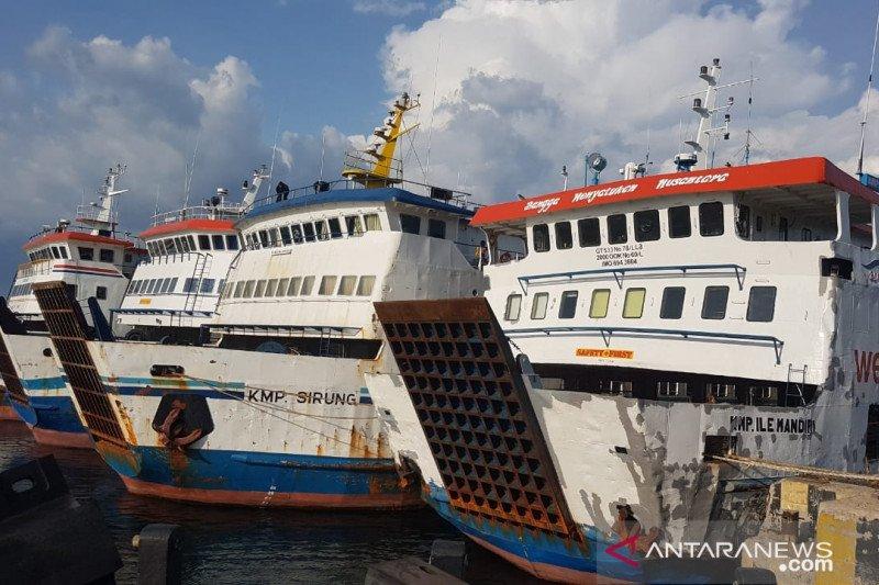 ASDP  batalkan semua pelayaran akibat cuaca buruk di NTT