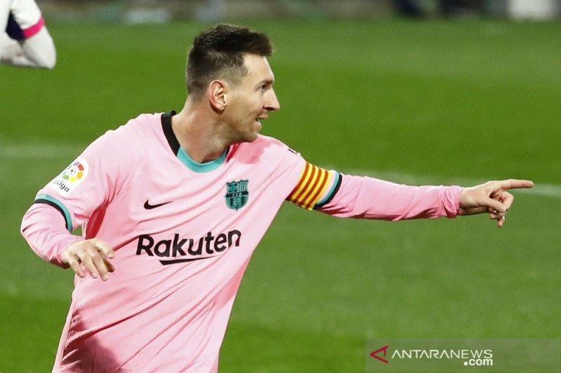Lionel Messi lewati rekor Pele saat bantu Barcelona gulung Valladolid