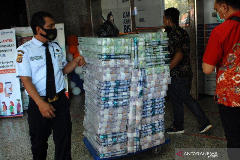 Uang beredar pada November tercatat Rp6.817,5 triliun