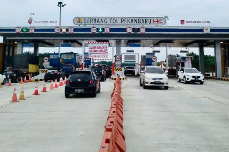 Lima tewas, dua luka akibat kecelakaan maut  Tol Pekanbaru-Dumai