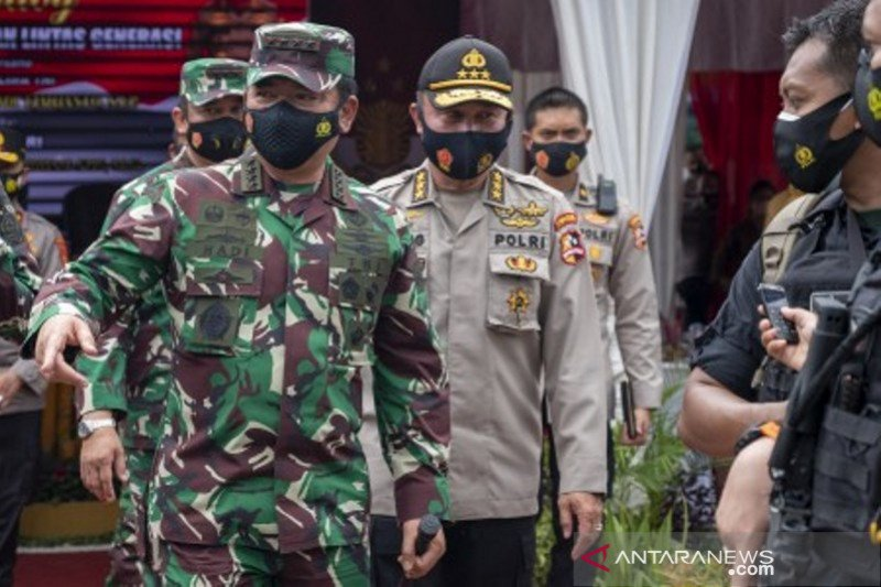 Baksi sosial TNI-Polri dI Poso