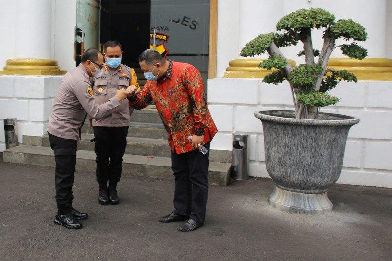 Plt Wali Kota Surabaya bersama Forpimda bahas pengamanan liburan Nataru