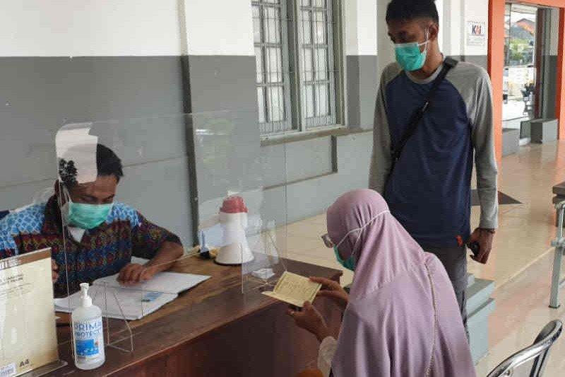 KAI Cirebon buka layanan tes antigen di Stasiun Jatibarang