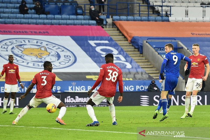 Leicester City menahan imbang Manchester United 2-2